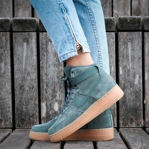 🌸 NIKE Air Force 1 High Top Sneakers Shoes Suede